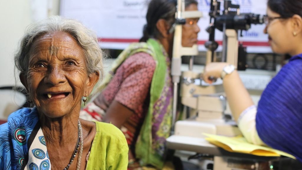 Help the elderly see with a cataract surgery