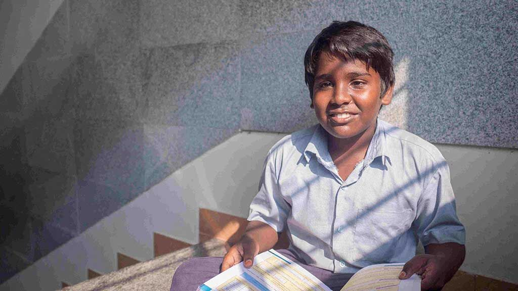 Sponsor living expenses of a visually challenged student