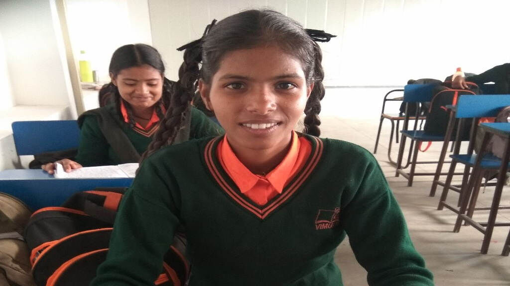Support the nutrition of girls in slums