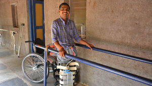 Help spinal cord injury patients get access to physiotherapy